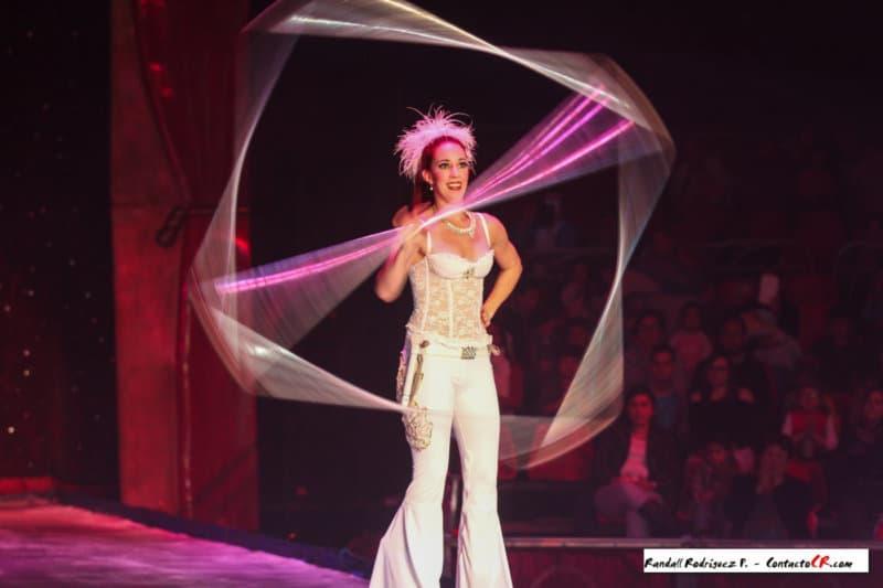 Circo Ruso Sobre Hielo llegó con su magia